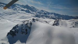 Los Bomberos rescatan un esquiador herido en Asturias
