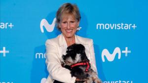 Mercedes Milá junto a su perro Scott
