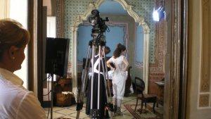 Rodatge del vídeo museogràfic que actualment es projecta a una paret de la cambra de Ca Batistó, fet l'any 2009.