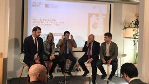 Taula rodona durant la presentació de la Mobile Week Catalunya