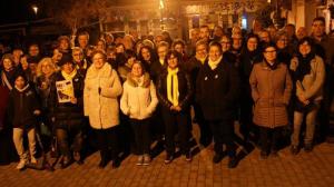 Una imatge de família de l'acte de presentació del Front Antirepressiu de Torredembarra.