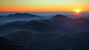Viernes de gran amplitud de las temperaturas, entre la noche y el día, y nieblas más persistentes