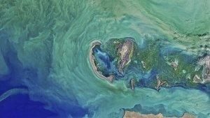 Vista aérea del mar Caspio