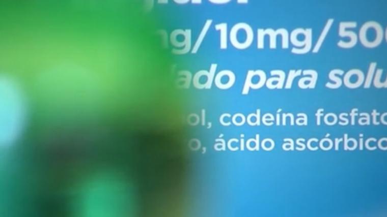 Imatge arxiu xarop tos com a droga