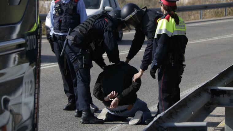 Imatge del detingut a l'N-240 a Tarragona.