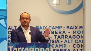 Alejandro Fernández, portaveu del PP català, durant la roda de premsa de valoració de política general a Tarragona