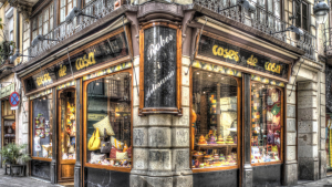 Coses de Casa és una botiga emblemàtica que atèn als veïns del barri Gòtic des de 1972