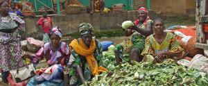 Dones treballant a Sierra Leone