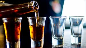 El alcohol aumenta el riesgo de sufrir accidentes de tráfico.