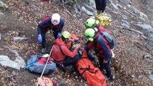 Els Bombers rescaten un excursionista ferit al Montseny