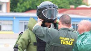 Equip de la Guàrdia Civil dedicat als explosius