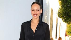 Eva González sabe como llevar la tendencia de flecos para el verano