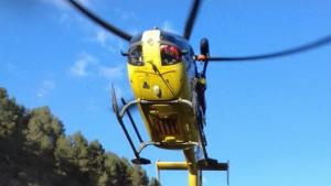Imatge del rescat de l'home de 72 anys a Falset.