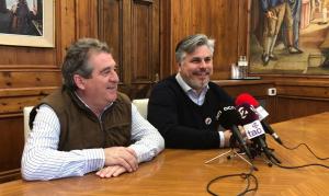 Josep Andreu i Albert Batet en la roda de premsa a l'Ajuntament de Valls