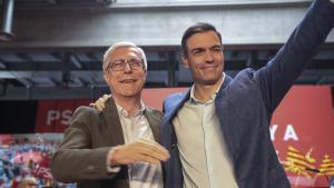 Josep Fèlix Ballesteros i Pedro Sánchez, durant el míting d'aquest diumenge, 31 de març, a Tarragona.