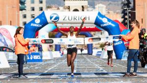 Kiftu Tahir, guanyadora de la Marató de Barcelona en categoria femenina.