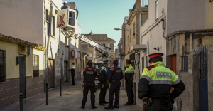 La Guàrdia Urbana i els Mossos custodien una macrooperació contra el frau elèctric i d'aigua a Reus