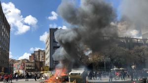 La manifestació en contra de VOX va acabar amb set detinguts i cinc ferits