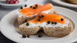Las alcaparras son unos pequeños frutos que se pueden incluir en cientos de recetas.