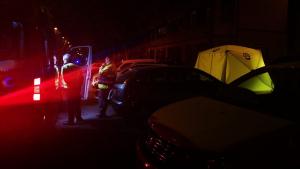 Las asistencias y los agentes de policía llegan al altercado de Vallecas