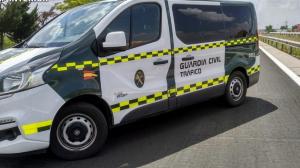 Furgón de la Guardia Civil de Tráfico