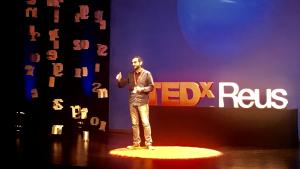 Més de 300 persones han omplert el Teatre Bartrina en la setena edició dels TEDxReus.