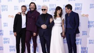 Pedro Almodóvar y sus estrellas en el estreno de 'Dolor y Gloria'