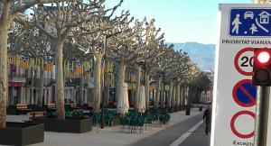 Pla general del Passeig de Tremp on s'ha prohibit totalment aparcar