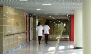 Salud condena la agresión de un paciente a uno de sus sanitarios