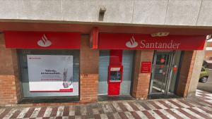 Tres lladres van robar els diners d'una sucursal bancaria del Santander a Sant Pere i Sant Pau