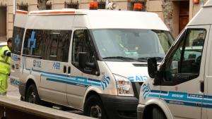 Un hombre de 73 años, herido al salirse de la vía su coche en la A-12 en Alesanco