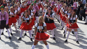 Una de les colles que va participar en el Carnaval de Torredembarra d'aquest 2019.