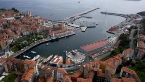 Vista de Bermeo y su puerto