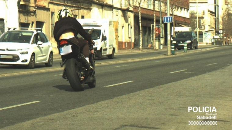 Caçat un motorista a Sabadell circulant a 170 km/h