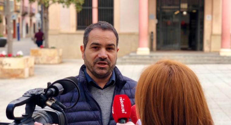 Jaume Buscallà explica la proposta de Junts per Rubí