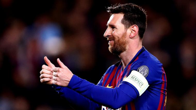 Leo Messi celebra un dels seus gols contra el Lió.
