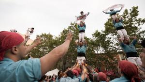 Castellers de Terrassa en la diada de Sant Jordi