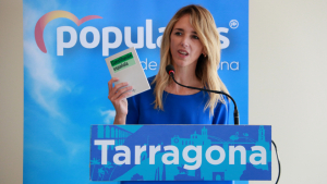Cayetana Álvarez de Toledo (PP), durant la seva intervenció al míting electoral celebrat aquest diumenge a Salou.