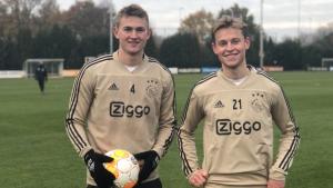 De Ligt i De Jong, en un entrenament amb l'Ajax.