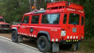 Desplegament dels Bombers de la Generalitat per localitzar la boletaire perduda aquest migdia a Mont-ral.
