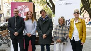 D'esquerra a dreta, Eusebi Campdepedrós; Cristina Guzmán; Dídac Nadal; Elvira Vidal i Roser Olivé, durant un acte amb mitjans de comunicació.