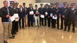 Els agents de la Policia Local de Cambrils distingits en el Dia de les Esquadres, el passat 9 d'abril.