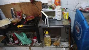 Els agents han denunciat les deplorables condicions en les que es troba aquest local del barri Gòtic