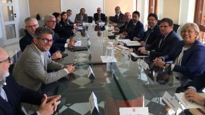 Els alcaldes implicats s'han reunit amb el conseller de Territori, Damià Calvet