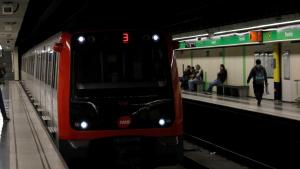 Els treballadors del metro de Barcelona votaran aquest dijous si fan vaga pel Mobile