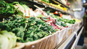 En la dieta FODMAP no se recomiendan alimentos con azúcares como la lactosa o la fructosa.
