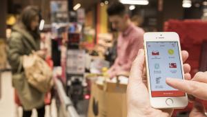 Eroski sustituye el tique de la compra en papel por uno digital para sus socios