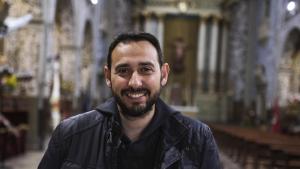 Francesc Seritjol, a l'església de Sant Agustí, fa tres anys que és el president de l'Agrupació d'Associacions de la Setmana Santa de Tarragona.