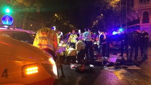 Imagen de las asistencias en el lugar del accidente en Chamberí