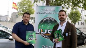 Imatge del secretari provincial de Jucil a Tarragona, Roberto Sánchez (esquerra), i del secretari general de Jucil, Cristian Eric Marco (dreta)